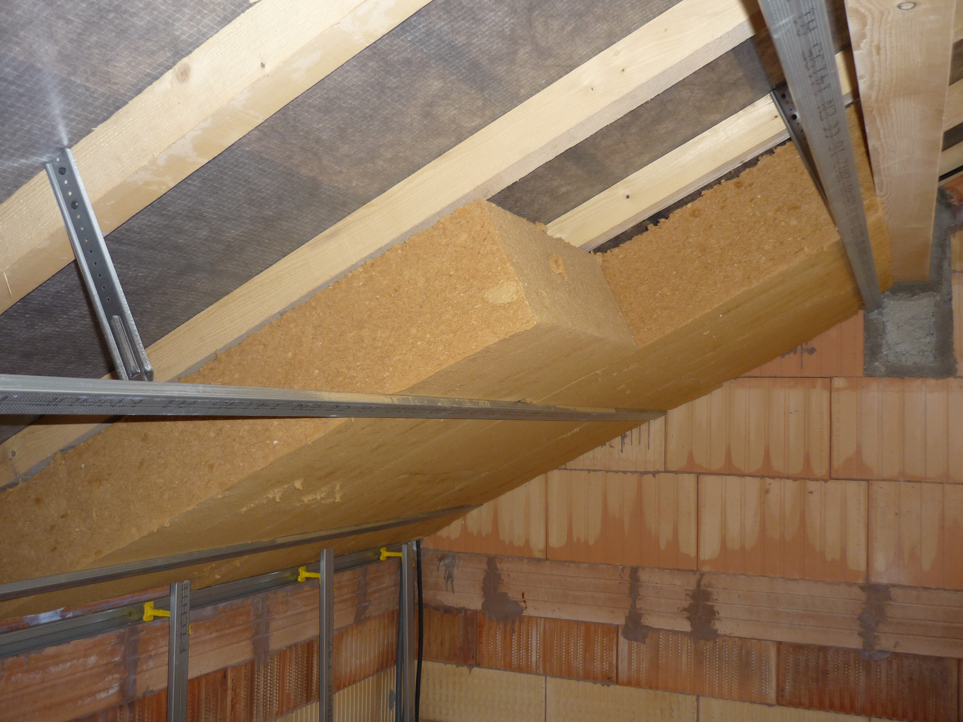 Entreprise d 39 isolation toiture 58 ni vre t l - Isolation toiture garage ...